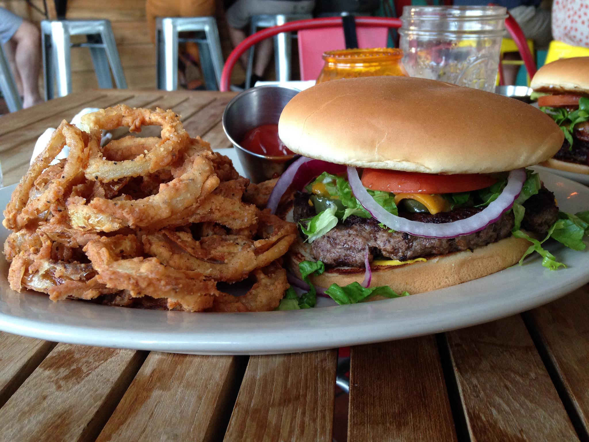 el-sapo-burgers-austin2