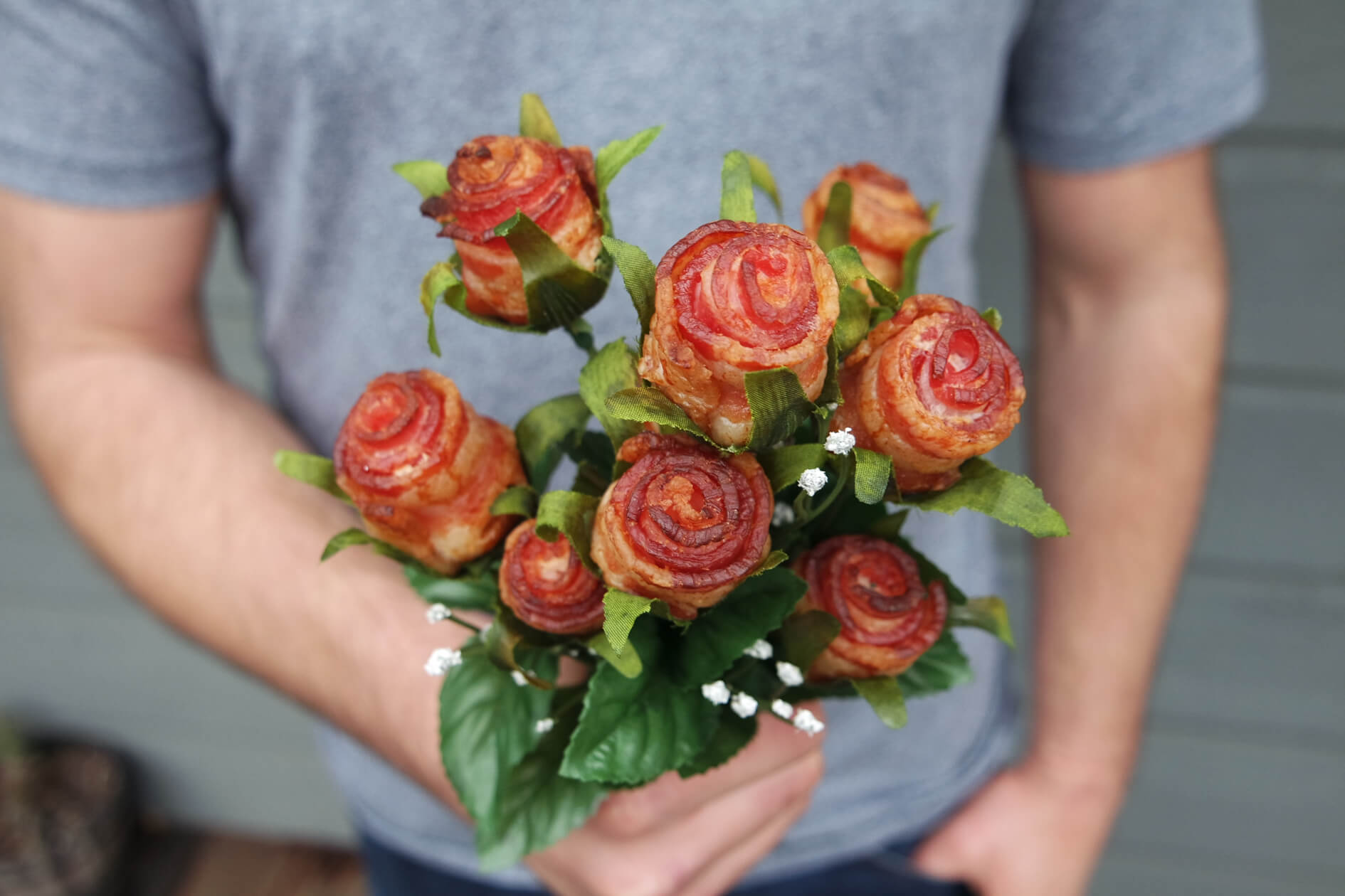 Say it with bacon how to make bacon roses izmirmasajfo