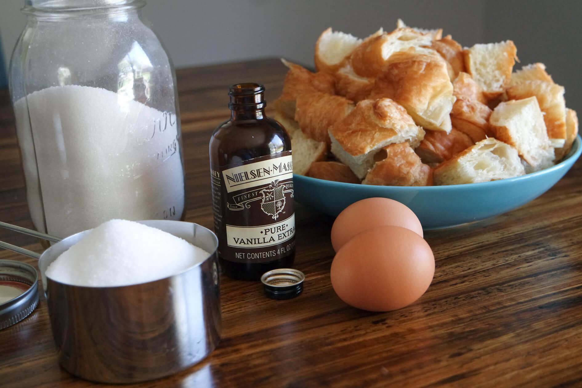 croissant-bread-pudding-10