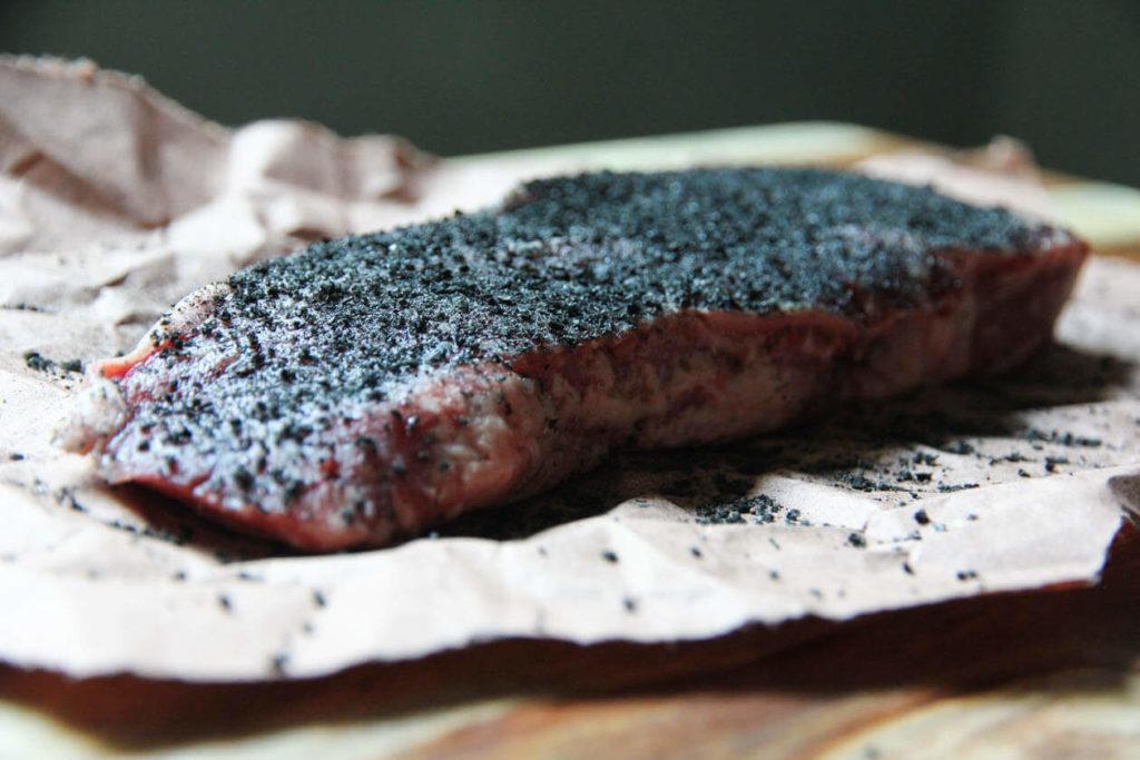 hardcore carnivore black charcoal meat rub