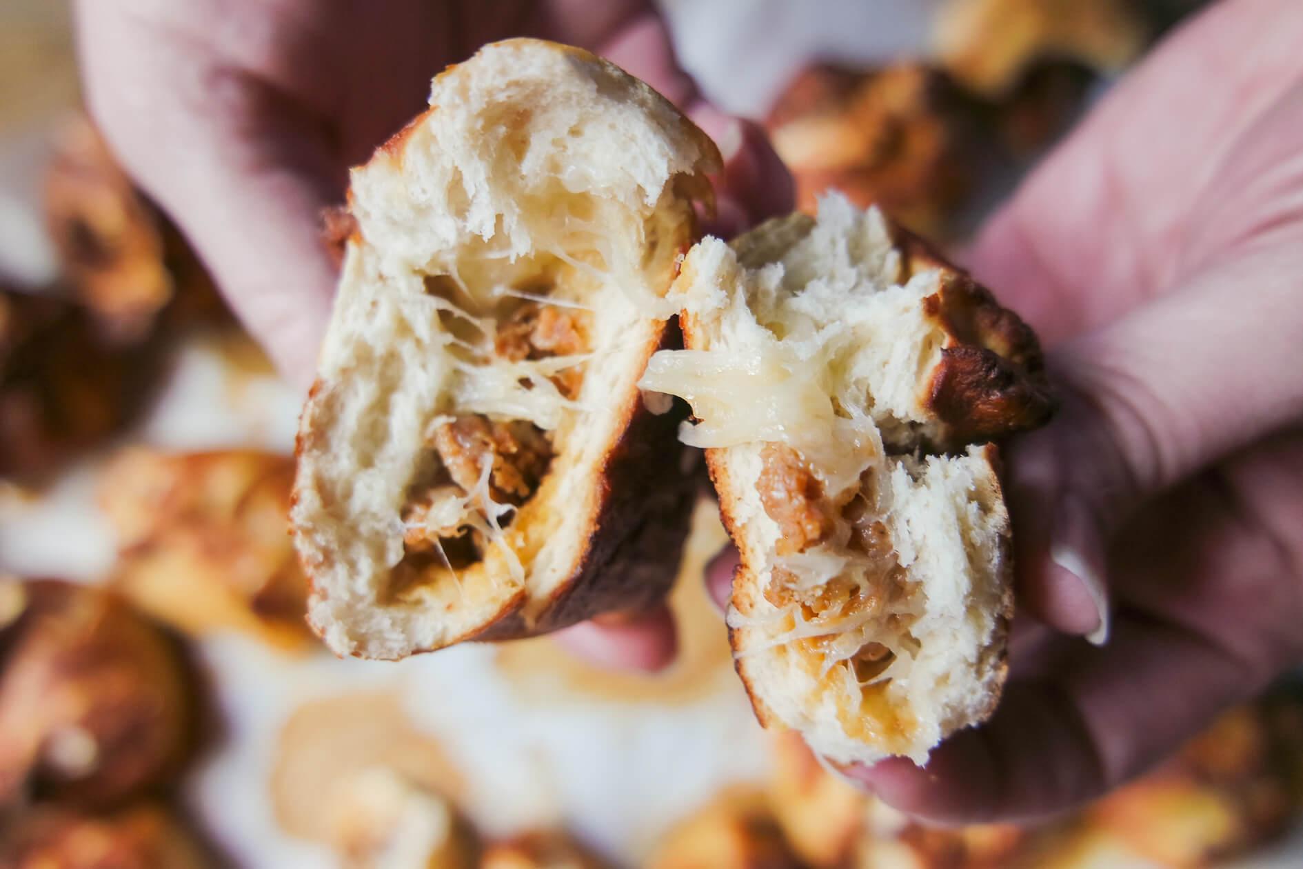 gooey string cheese pull apart recipe