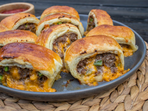 beef sausage rolls with cheddar and jalapeno